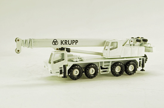 Krupp GMT-AT 4-Axle Crane - White
