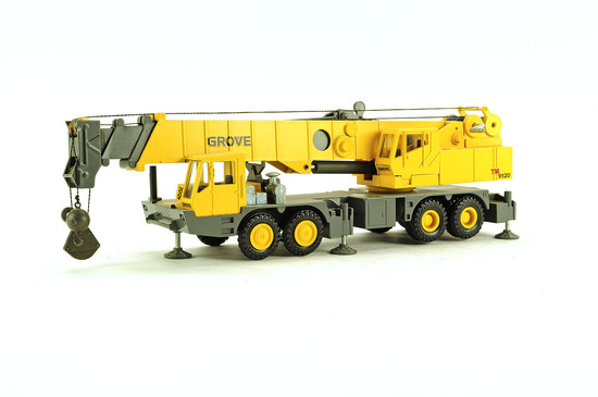 Grove TM9120 4 Axle Crane