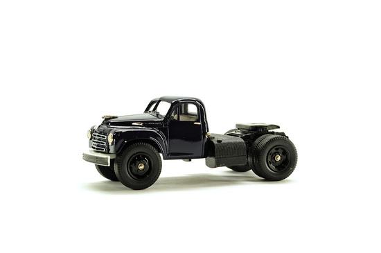 Studebaker 1950 Semi Tractor - Single Axle