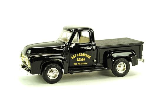 Ford 1953 Pickup Truck - Black
