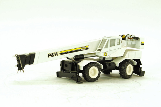 P&H 100 Series Two-Axle Crane - White