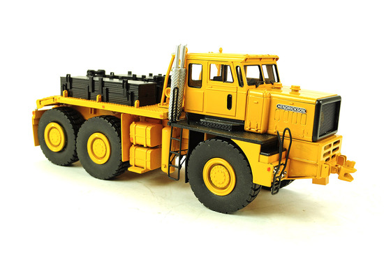 Hendrickson 360 Heavy Haul Tractor