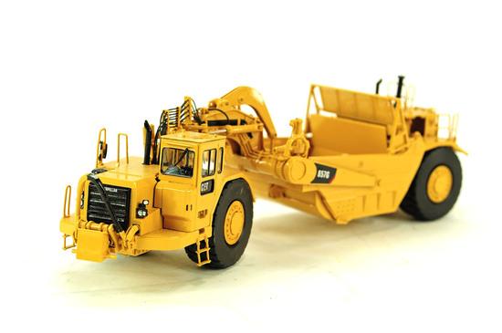 Caterpillar 657G Scraper - Brass