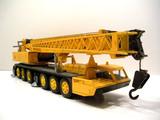 Grove TM800 6-Axle Mobile Crane
