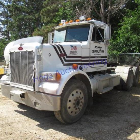 """1999 Peterbilt Truck/Tractor model:  Conventional 378"