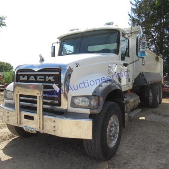 """2009 Mack dump truck, GU713, Automatic Model GU713, title says 56,000 GVWR"