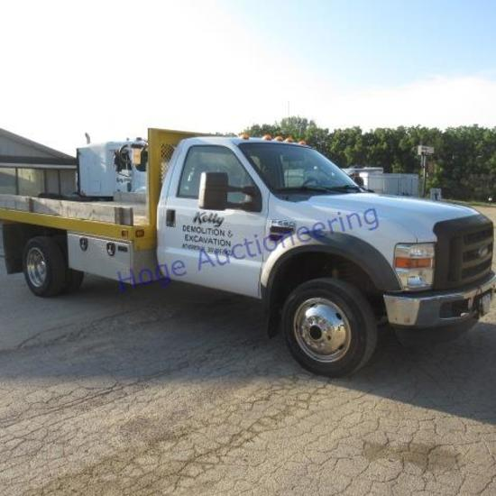 """""""2008 Ford F550 Super Duty flatbed truck 4X4 automatic, A/C, 8X12ft flatbed w/underbed toolbox, fuel"""
