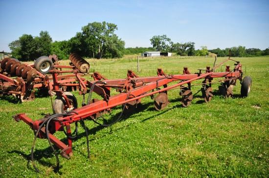 International 710 6 row bottom on land plow