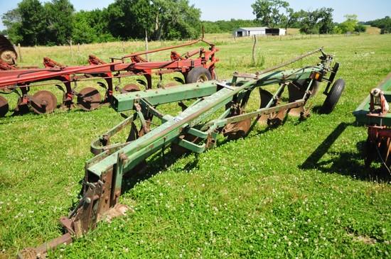 JD 1350-1450 5 row bottom plow