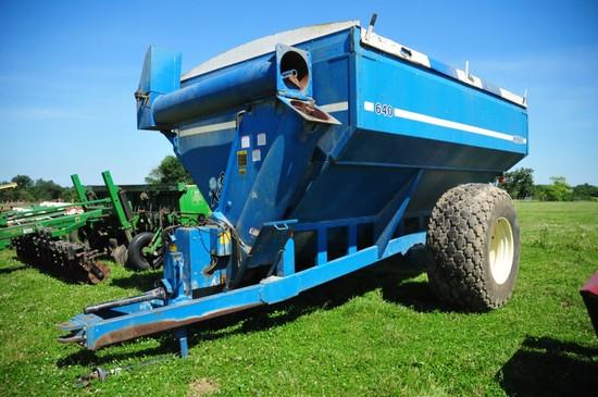 Kinze 640 grain cart, w/ tarp, augers good