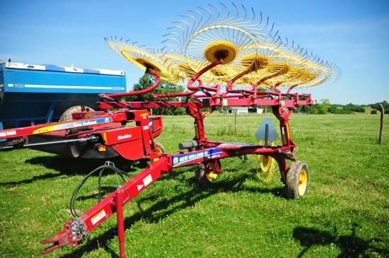 New Holland Pro Cart 1022 double row hay rake (NICE)