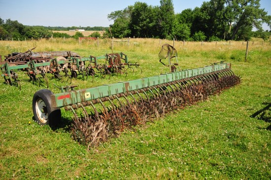 JD 400 rotary hoe 20 ft.