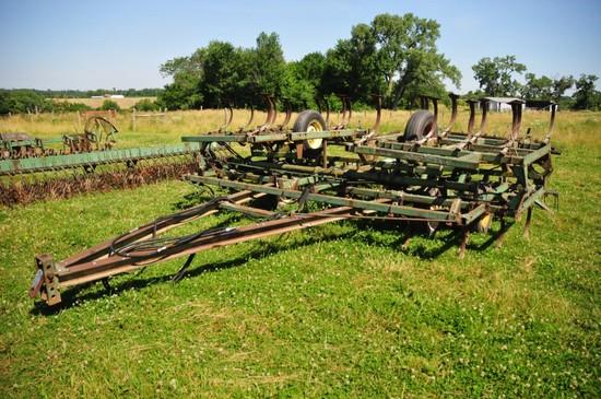 JD 1010 20ft. field cultivator w/ 3 bar spring tine harrow