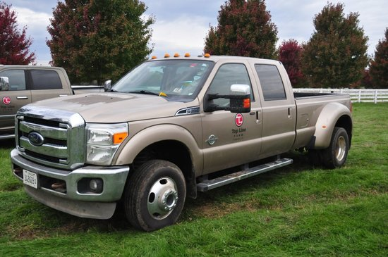 2012 Ford F350 Lariat Super Duty, 4x4 crew cab dually w/ 6.7 Turbo Diesel P