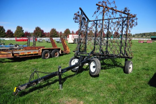 Ogden Pull Type 24' Hyd. Fold, Chain Harrow on Wheels