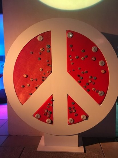 Peace Sign Décor Piece