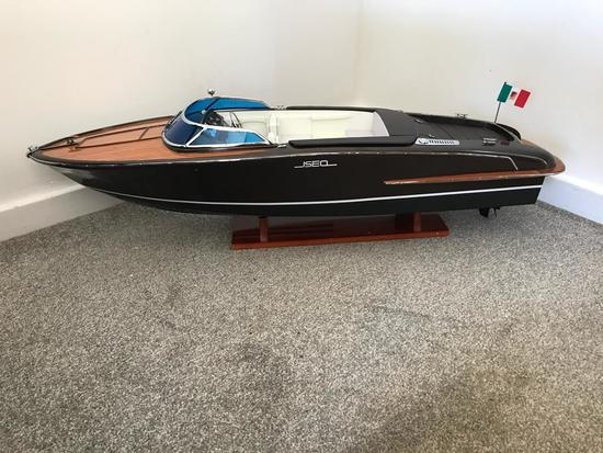 Riva 'Iseo' 1/10 scale model.