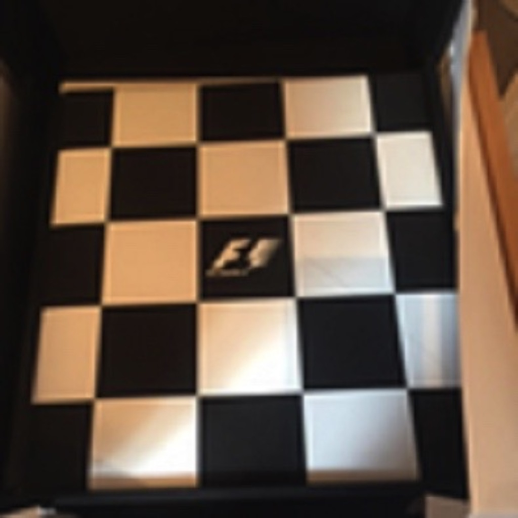 Opus 'F1 Champions edition'.