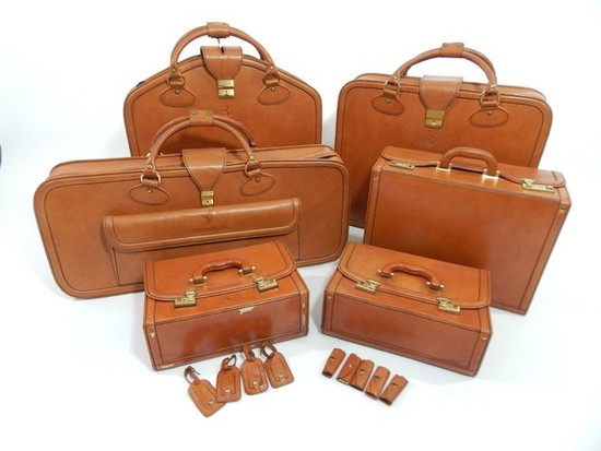 Complete Ferrari Testarossa six-piece Schedoni leather luggage set