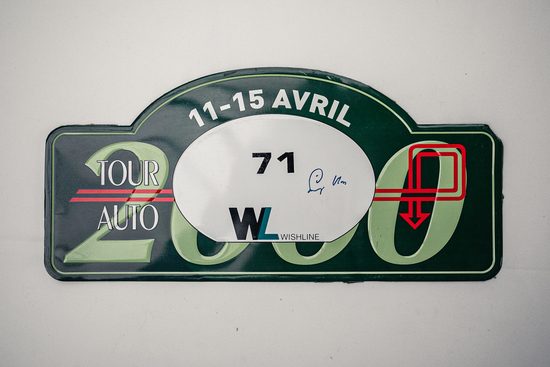 Signed rally plate -2000 Tour Auto