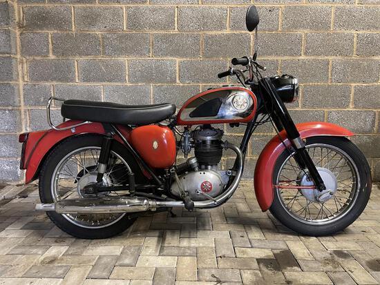 1961 BSA B40