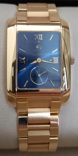 Jaguar Swiss Made; Gents 18ct Yellow Gold Wristwatch