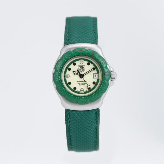 Tag Heuer F1 c.1996 Quartz Stainless Steel Case with Green Rotating Bezel