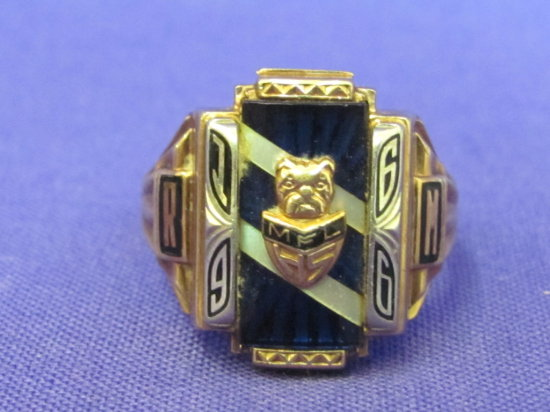 10 Kt Gold Class Ring – Auctions line