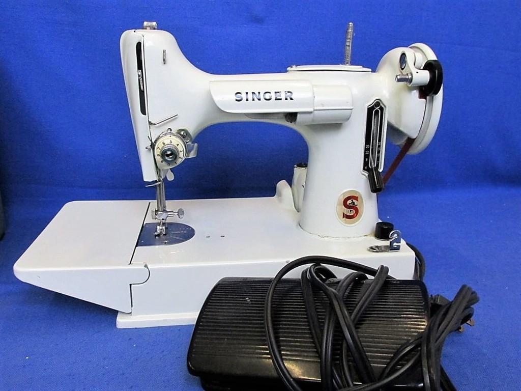 "Portable Singer Sewing Machine Model 221 With Manuel & Case Measurements  11""H x 12 1/2""L"