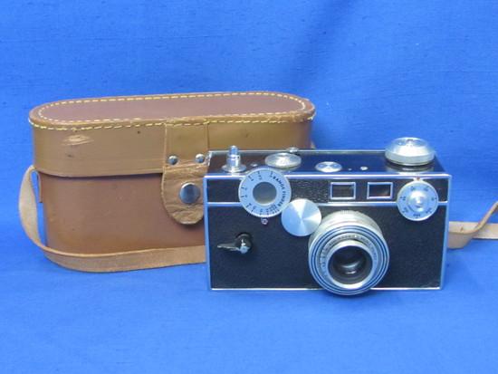 Vintage Argus Camera – The Brick – 50mm Coated Cintar Lens – Range Finder – Case