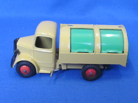 """Dinky Toys Refuse Wagon/Garbage Truck by Meccano – Made in England – 4 1/4"""" long"""
