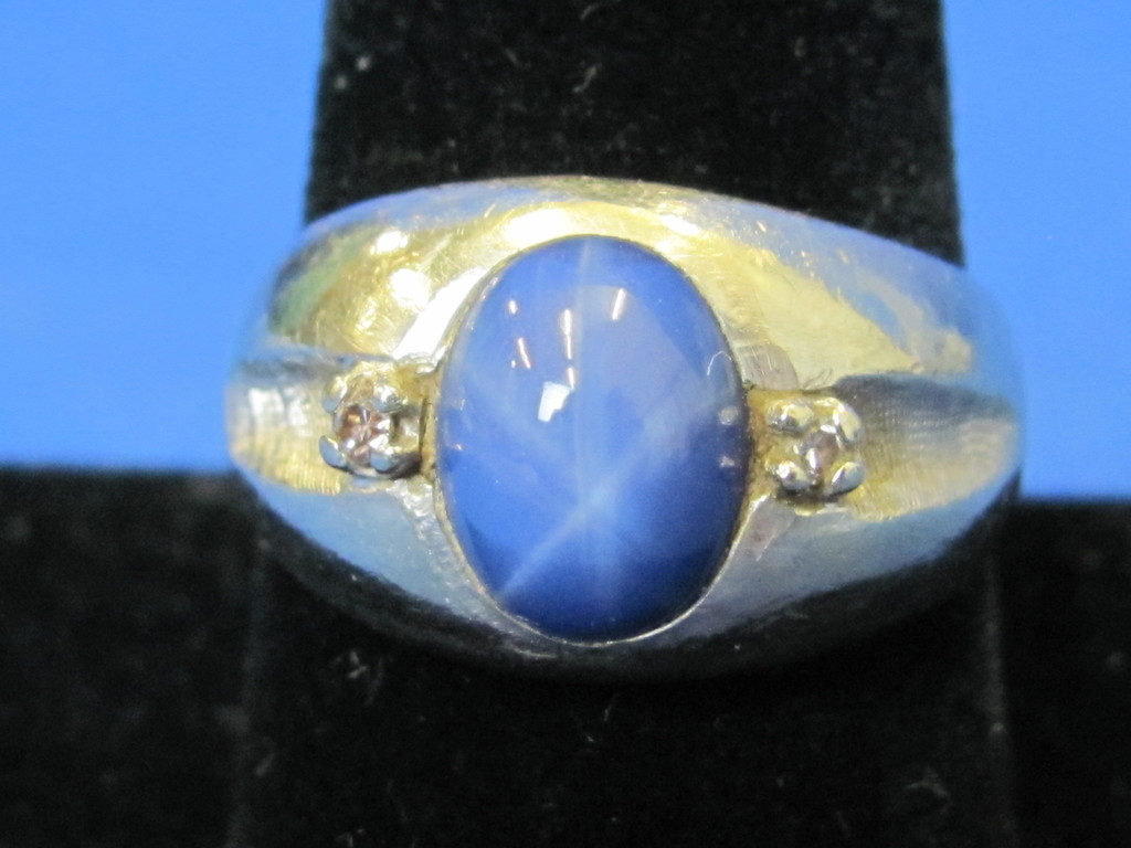 14 Kt White Gold Ring w Star Sapphire & 2 Diamond Accents – Size 9.25/9.5 – Weight is 8.7 grams