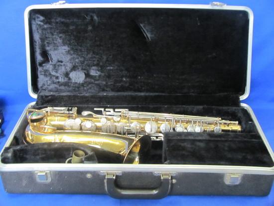 Bundy Selmer Saxophone With Hard Case