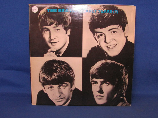 Lot of 4 The Beatles and The Monkees Vinyle Records ( Good Condition)