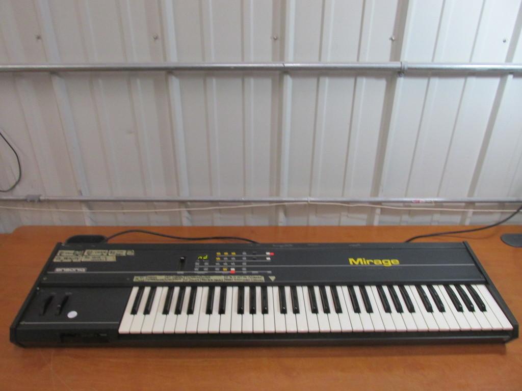 Ensoniq Mirage Digital Sampling Keyboard DSK-8 – Tested And Works -