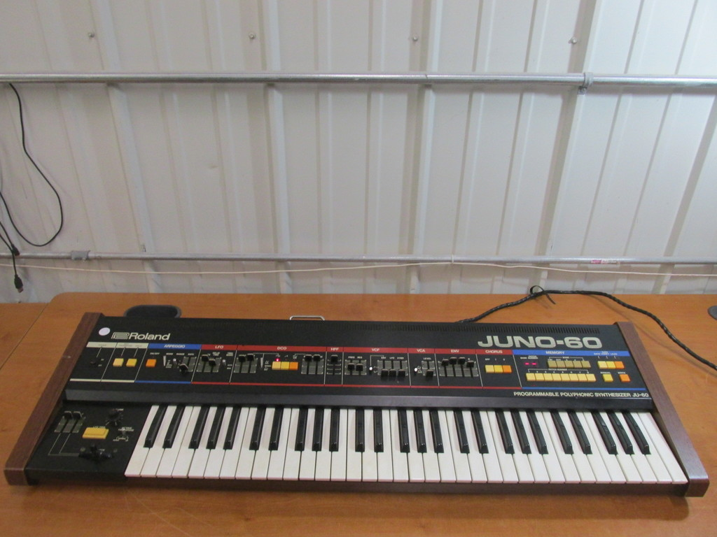 Roland Juno-60 Programmable Polyphonic Synthesizer – Tested And Works -