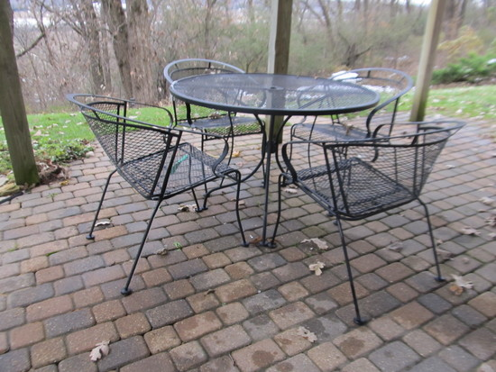 "42"" Diameter Wrought Iron Table with 4 chairs"