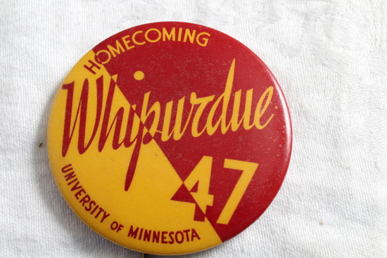 1947 U of M Gophers vs Purdue Homecoming Pinback Whipurdue