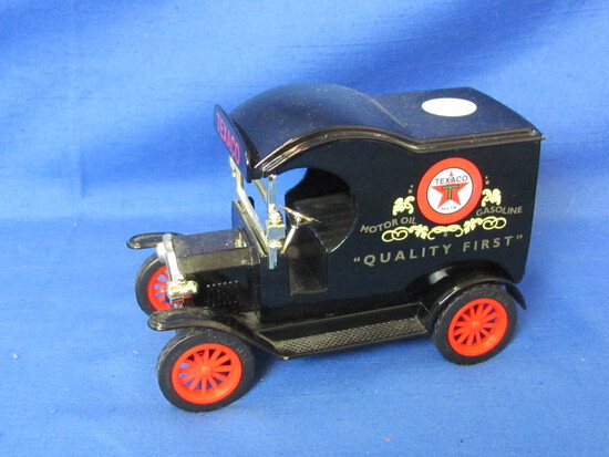 Gearbox 1912 Texaco Gas & Oil Delivery Car Bank With Key