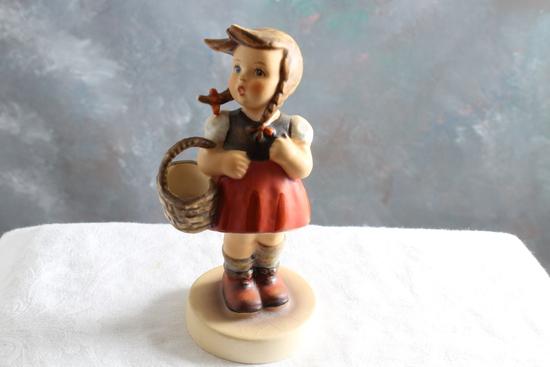 """Vintage Hummel Goebel Figurine LITTLE SHOPPER #96 Measures 4.75"""" Tall"""