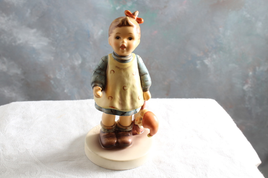 1991 Hummel Goebel Figurine ICH KAUM EWARTEN FASCINATION #01274