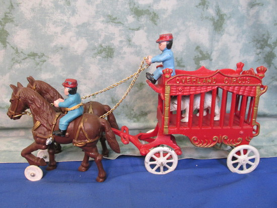 Cast Iron Overland Circus Wagon – 2 Horse team, 3 Drivers & a Polar Bear