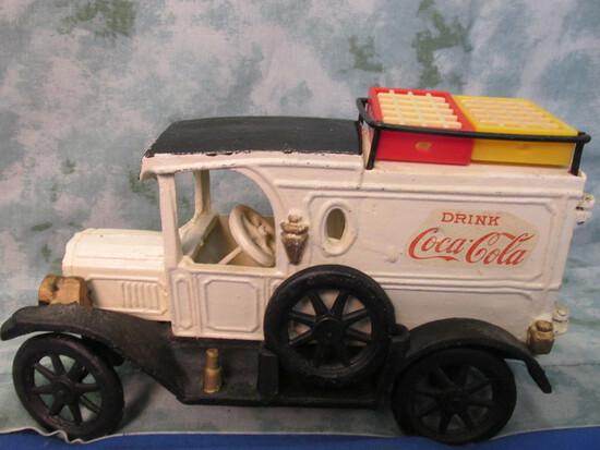 Cast Iron Coca Cola Truck – Has 5 miniature cases of Coke