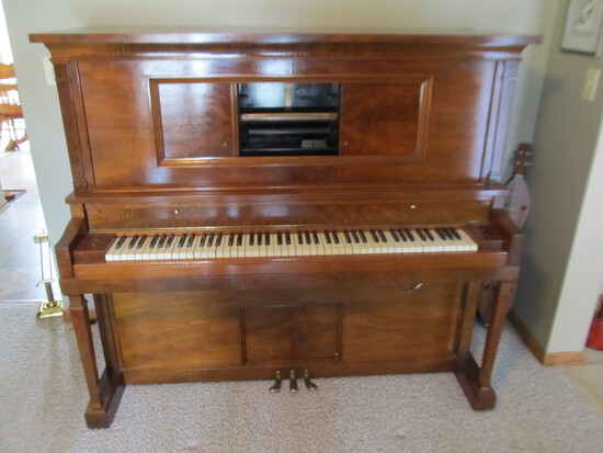 Player Piano – Working  & 5 Rag-Time Piano Rolls: St. Louis, Kansas City, Fig Leaf,