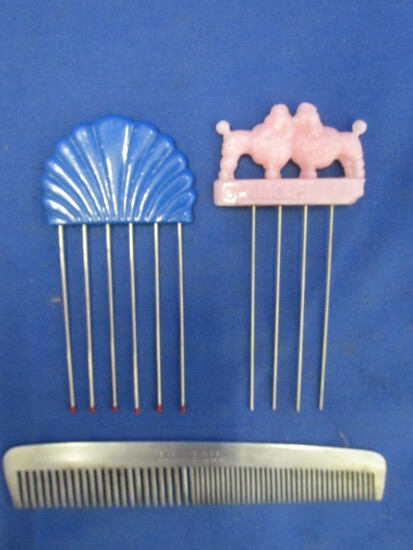 Glamourlift Hauir Pick (Pink Poodles), Blue Shell Hair Pick & Deltar Comb (Sweden)