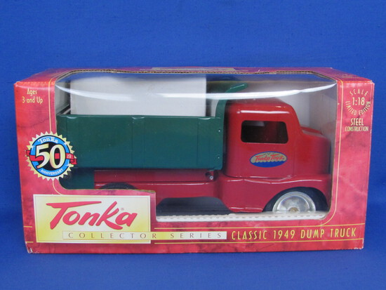 Tonka Collector Series: Classic 1949 Dump Truck 1:18 Scale – Steel Construction - 1997