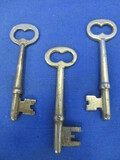 3 Vintage Skeleton Keys