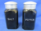 Vintage (unmarked) Hazel Atlas Salt & Pepper  set (Range Size) – Black Finished