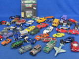 Mixed Lot of Toy Vehicles: Hot Wheels, Matchbox, Maisto & more