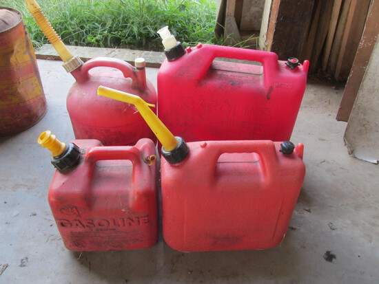 Plastic Gas Cans (4)